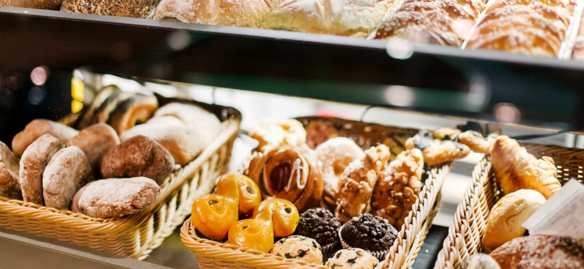 3 Online Review Strategies for Bakeries