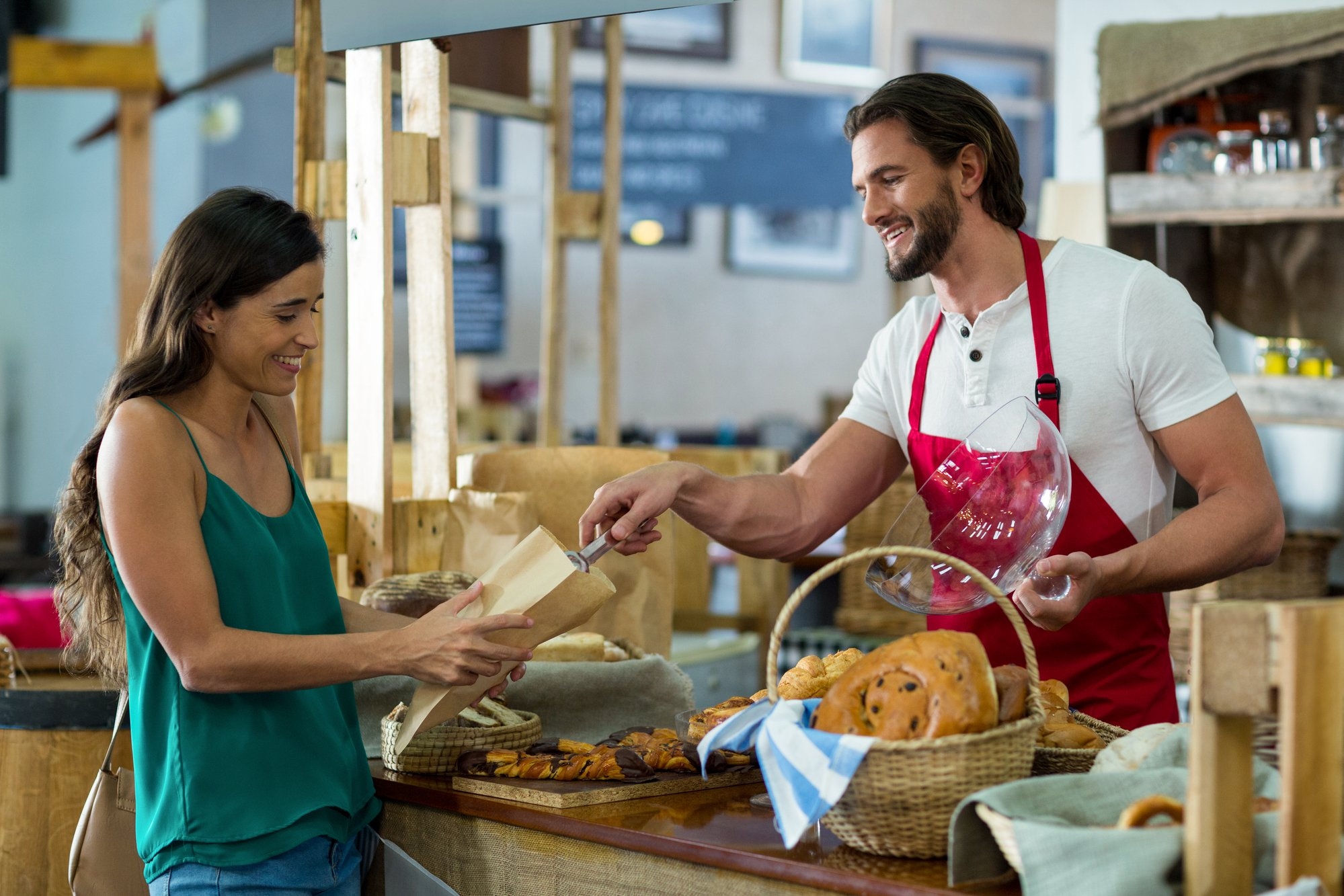How to Effectively Manage Your Bakery Staff